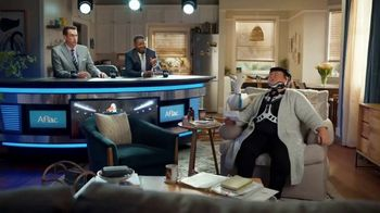 Aflac TV Spot, 'Brace Yourself' Featuring Rob Riggle, Lil Rel Howery - Thumbnail 8