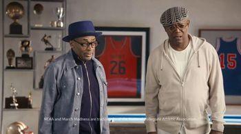 Capital One QuickSilver TV Spot, 'Barkleylounger' Ft. Charles Barkley, Samuel L. Jackson, Spike Lee - Thumbnail 8