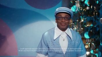 Capital One TV Spot, 'All Aboard' Featuring Charles Barkley, Spike Lee, Samuel L. Jackson, Gladys Knight - Thumbnail 9