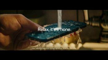 Apple iPhone 12 TV Spot, 'Cook' Song by Naïka - Thumbnail 10