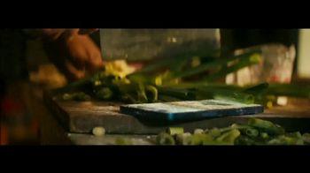 Apple iPhone 12 TV Spot, 'Cook' Song by Naïka - Thumbnail 7