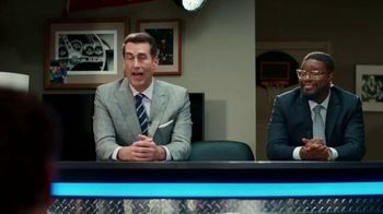 Aflac TV Spot, 'Half-Court Hurt' Featuring Rob Riggle, Lil Rel Howery - Thumbnail 6