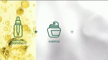 Garnier Brightening Serum Cream TV Spot, 'Piel radiante' canción de Lizzo [Spanish] - Thumbnail 6