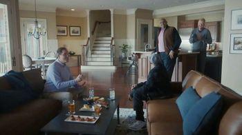 Capital One Savor Card TV Spot, 'Birdwatching' Ft. Larry Bird, Samuel L. Jackson, Charles Barkley - Thumbnail 7