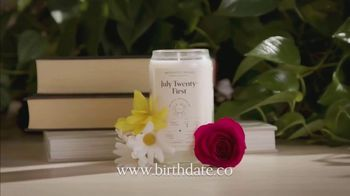 Birthdate Candles TV Spot, 'Perfect Gift' - Thumbnail 4