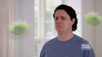 Febreze Fabric Refresher TV Spot, 'Brand Power: Last Night's Dinner' - Thumbnail 4