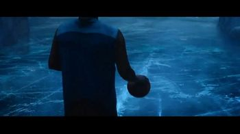 Icy Hot TV Spot, 'Rise from Pain' Featuring Shaquille O'Neal - Thumbnail 4