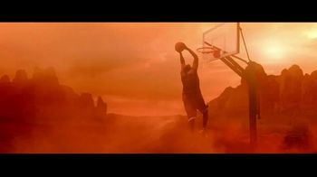 Icy Hot TV Spot, 'Rise from Pain' Featuring Shaquille O'Neal - Thumbnail 9
