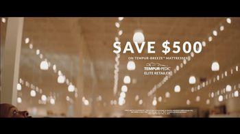 Havertys TV Spot, 'Tina & Tim: $500 Off on TEMPUR-BREEZE' - Thumbnail 7