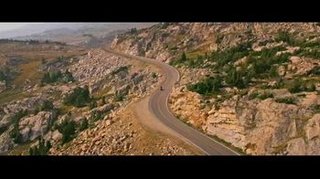 GEICO Motorcycle TV Spot, 'Sidecar Groom' Song by The Foundations - Thumbnail 1