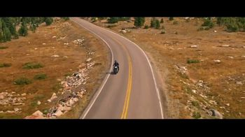 GEICO Motorcycle TV Spot, 'Sidecar Groom' Song by The Foundations - Thumbnail 3