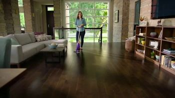 Swiffer WetJet Wood TV Spot, 'Emily's Cleaning Confession' - Thumbnail 8