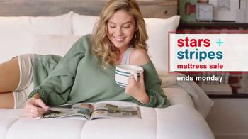 Ashley HomeStore Stars + Stripes Mattress Sale TV Spot, 'Ends Monday: Save $500 or $800'