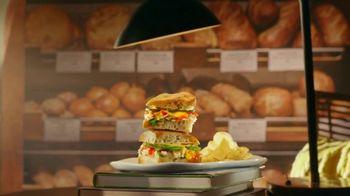 Panera Bread Chipotle Chicken Avocado Melt TV Spot, 'Wallpaper'