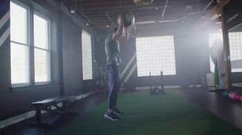 Optimum Nutrition Gold Standard 100% Whey Protein TV Spot, 'Bringing Your Best' - Thumbnail 4