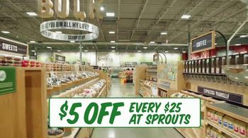 Sprouts Farmers Market TV Spot, 'Everything You Love About a Farmers Market: $5 Off' - Thumbnail 9