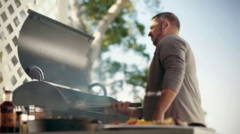 ACE Hardware TV Spot, 'Free Assembly and Delivery: Grills'