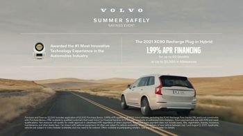 Volvo Summer Safely Savings Event TV Spot, 'Drive the Future' Song by Squeak E Clean Studios, Kit Conway [T2] - Thumbnail 9