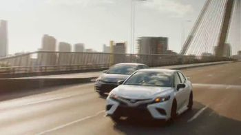 Toyota TV Spot, 'Words of Encouragement' Song by Sia [T2] - Thumbnail 3