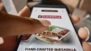 Chipotle Mexican Grill Quesadilla TV Spot, 'A Whole New Way: Pickup or $1 Delivery' - Thumbnail 8