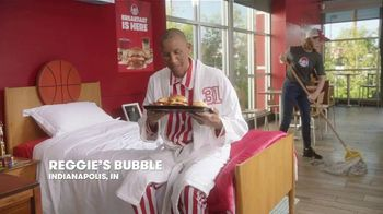 Wendy's Breakfast TV Spot, 'Reggie With the W' Featuring Reggie Miller, Kenny Smith - Thumbnail 1