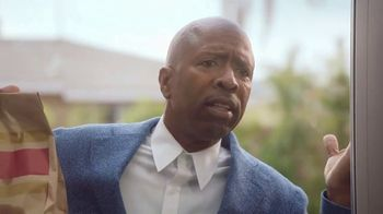 Wendy's Breakfast TV Spot, 'Reggie With the W' Featuring Reggie Miller, Kenny Smith - Thumbnail 4