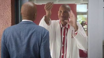 Wendy's Breakfast TV Spot, 'Reggie With the W' Featuring Reggie Miller, Kenny Smith