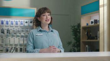 AT&T Wireless 5G TV Spot, 'Foam Hands: Mask' - Thumbnail 4