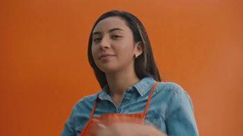 The Home Depot TV Spot, 'Bring on Spring: Associates' - Thumbnail 6