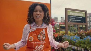 The Home Depot TV Spot, 'Bring on Spring: Associates' - Thumbnail 7