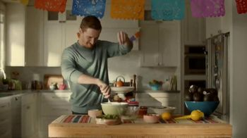 Avocados From Mexico TV Spot, 'Clone' - Thumbnail 7