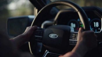 Ford Truck Month TV Spot, 'Última oportunidad' canción de Cody Johnson [Spanish] [T2] - Thumbnail 6