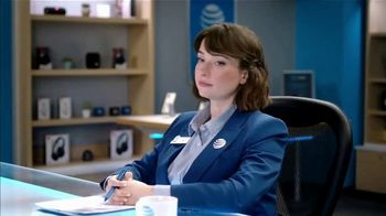 AT&T Wireless TV Spot, 'Lily Uncomplicates: Airballs' - Thumbnail 8