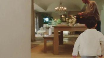 Jenni Kayne TV Spot, 'Family Home' - Thumbnail 5