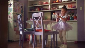 Lysol Antibacterial TV Spot, 'Stains and Bacteria' - Thumbnail 3