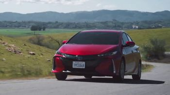 Toyota TV Spot, 'Earth Day: Hybrids ' [T2] - Thumbnail 3