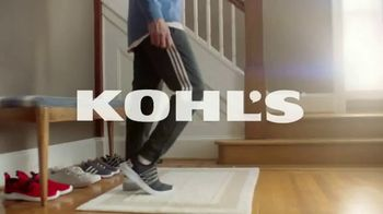 Kohl's TV Spot, 'Epic Deals: Spring Tops, Sandals and Bedding' Song by Oh, Hush! - Thumbnail 1
