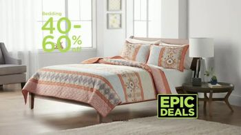 Kohl's TV Spot, 'Epic Deals: Spring Tops, Sandals and Bedding' Song by Oh, Hush! - Thumbnail 6