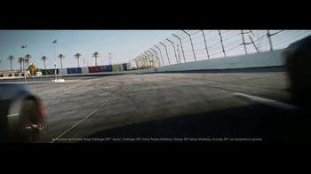 Dodge Power Dollars TV Spot, 'Línea de salida' [Spanish] [T2] - Thumbnail 6