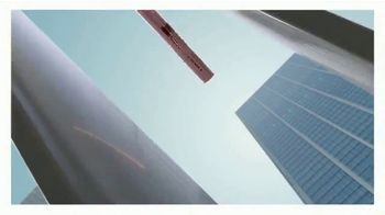 Maybelline New York Lash Sensational Sky High Mascara TV Spot, 'Limitless Length' - Thumbnail 9