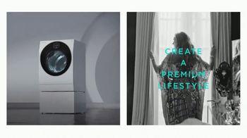 LG Signature TV Spot, 'Embraces Art & Technology' Featuring Lewis Hamilton, Olivia Palermo - Thumbnail 9