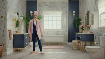 Preparation H Soothing Relief Spray TV Spot, 'Derriere Discomfort: Touch Free' - Thumbnail 6