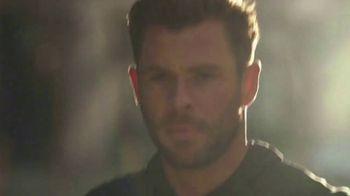 BOSS Bottled TV Spot, 'Vision' Featuring Chris Hemsworth, Song by Imagine Dragons - Thumbnail 6