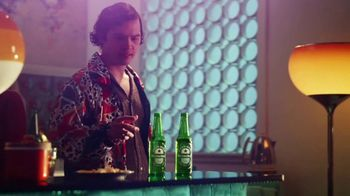 Heineken TV Spot, 'Home Gatherings' Songy by Mars Big Bang - Thumbnail 5