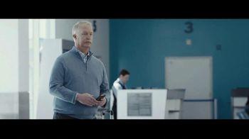Progressive TV Spot, 'Dr. Rick: Airport' - Thumbnail 3