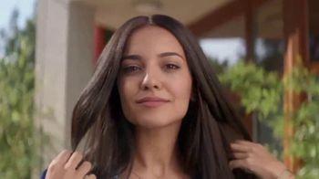 Clairol Root Touch-Up TV Spot, 'Seamless Match'