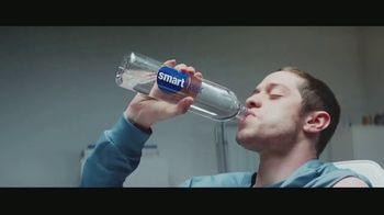Smartwater TV Spot, 'Pete Davidson Gets Smart: Too Cool for Walking' - Thumbnail 9