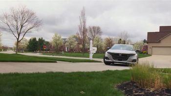 2021 Honda Accord TV Spot, 'On a Roll: Accord' Song by Grace Mesa [T2] - Thumbnail 7