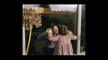 Airbnb TV Spot, 'Made Possible by Hosts: I Got You Babe' Song by Goldspot - Thumbnail 3