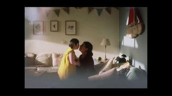 Airbnb TV Spot, 'Made Possible by Hosts: I Got You Babe' Song by Goldspot - Thumbnail 8